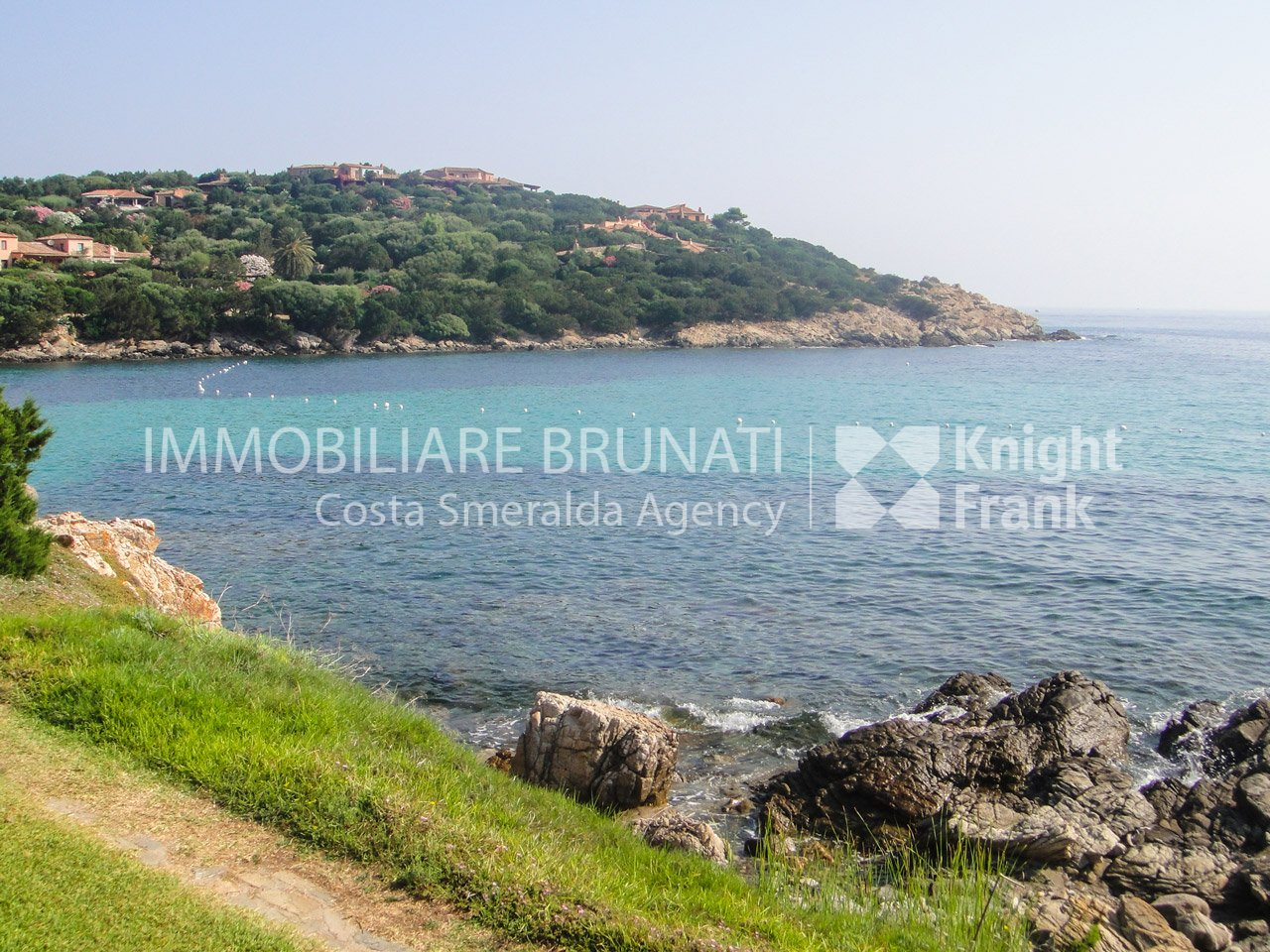 Immobiliare brunati appartamento in porto cervo marina for Immobiliare sardegna